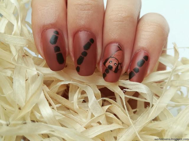 detektywistyczne paznokcie