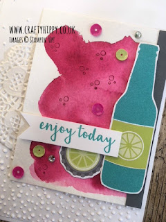 Create beautiful water coloured backgrounds using Aqua Painters from Stampin' Up!