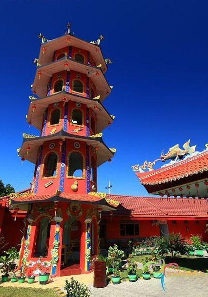 Pagoda Klenteng Hoo Tong Bio.