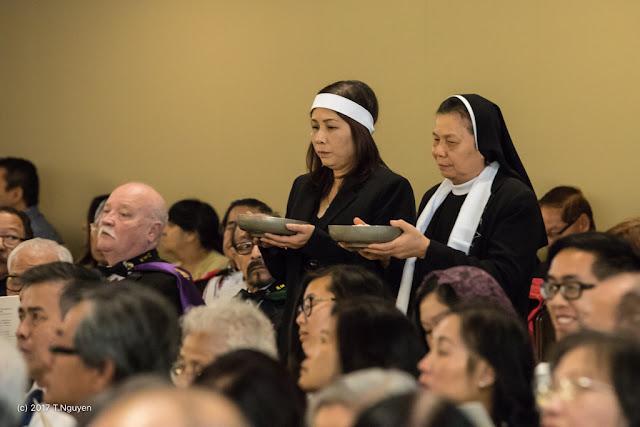 Hình ảnh thánh lễ an táng Đức Cha Dominicô Mai Thanh Lương - Ảnh minh hoạ 17