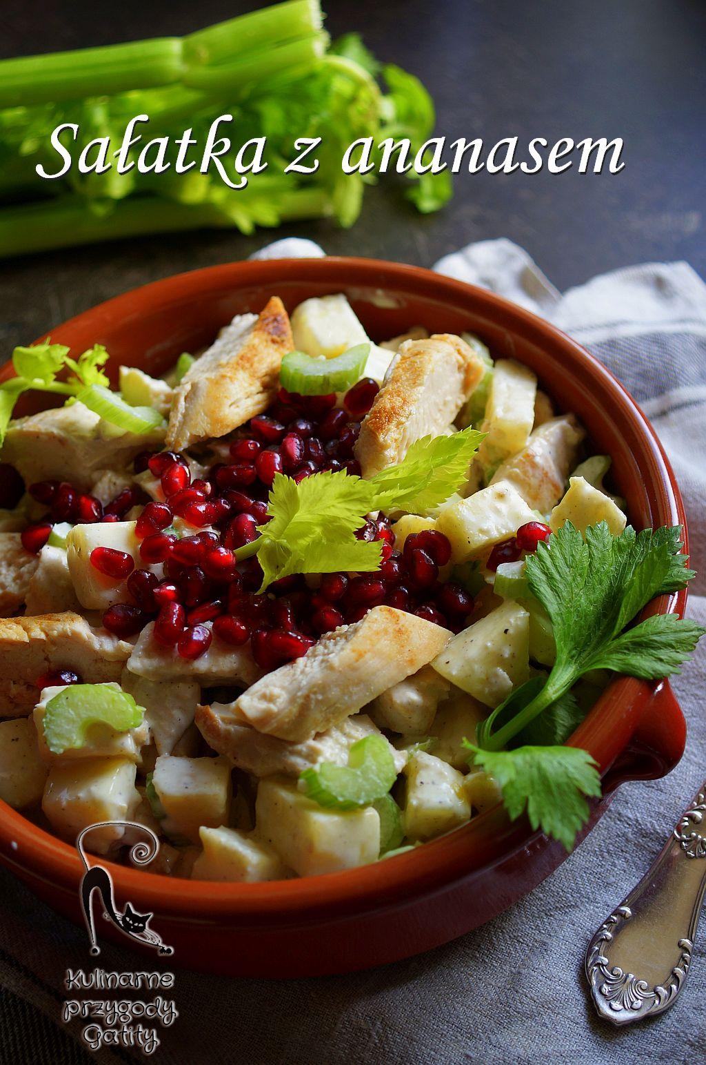 kolorowa-salatka-w-misce-ceramicznej