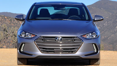 New 2017 Hyundai Elantra front look Hd Photos