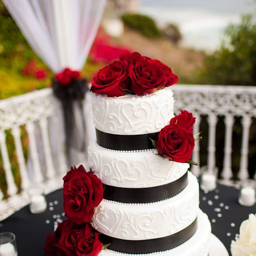 Red And White Wedding Cakes 73 Elegant  Black Red and