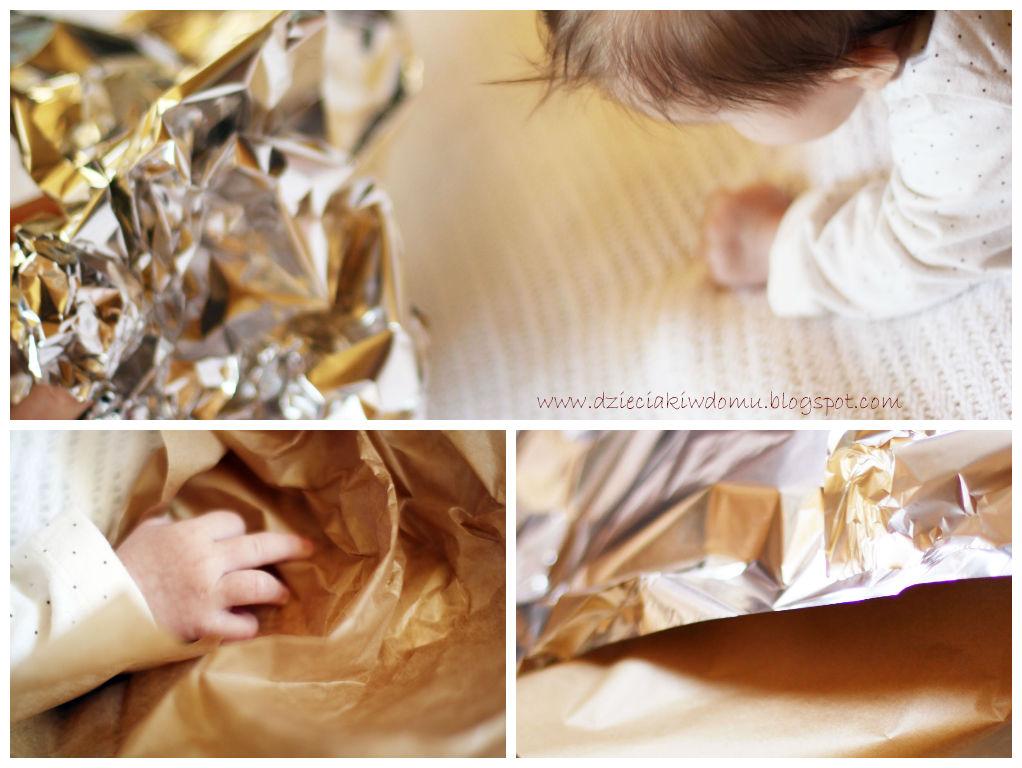 Podnoszenie główki, wzmacnianie przedniej części ciała w kierunku szeleszczących przedmiotów - zabawa dla niemowlaka