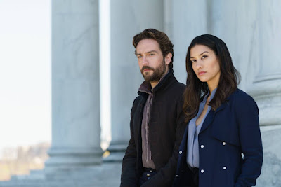 Sleepy Hollow Season 4 Tom Mison and Janina Gavankar (12)