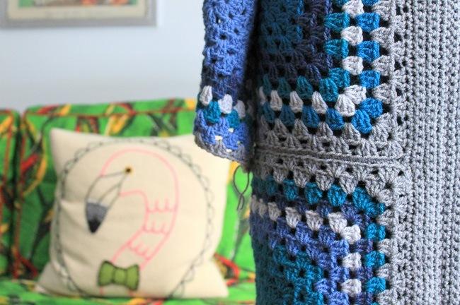crochet a coachella granny square cardi