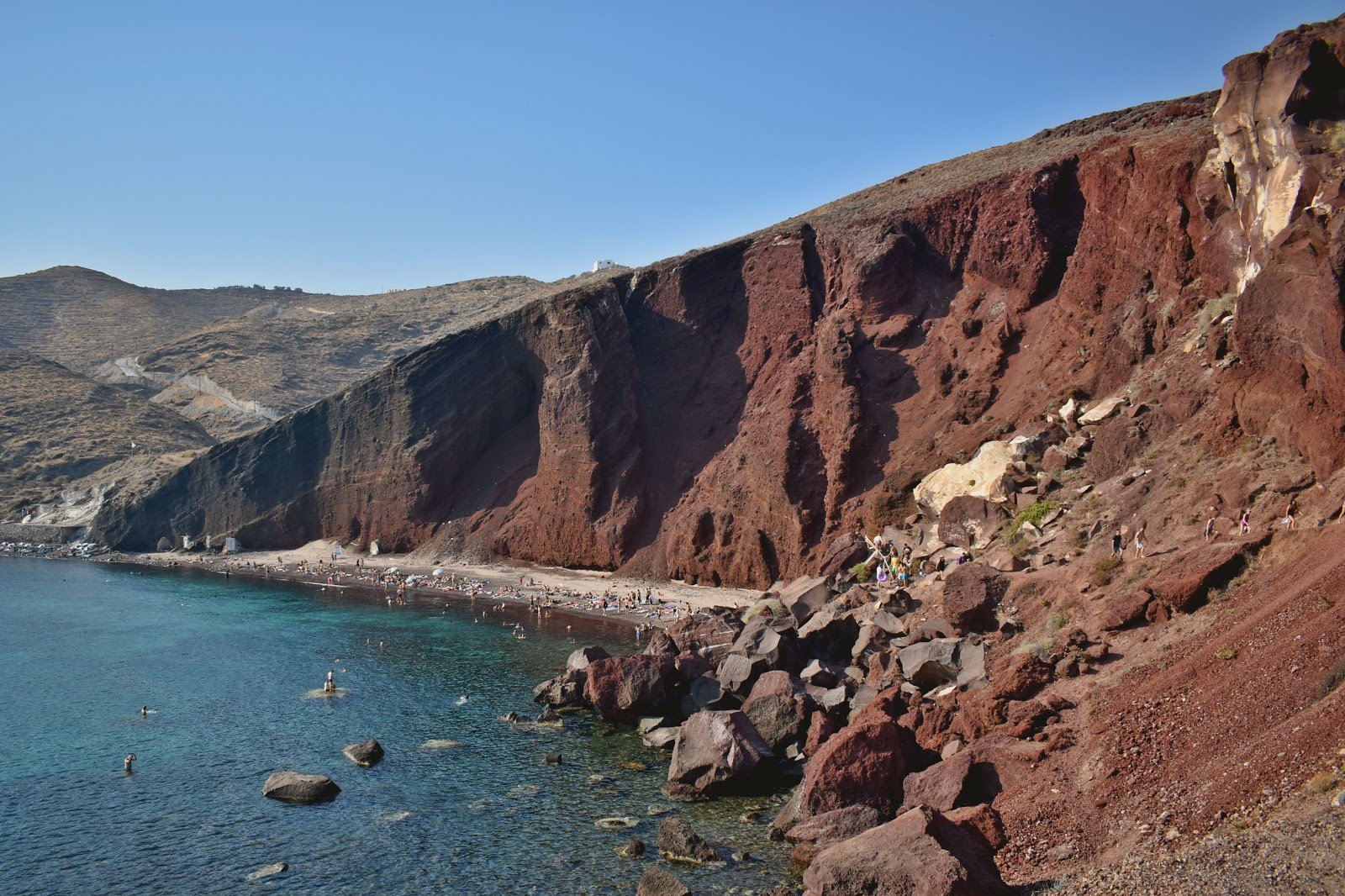 red beach, santorini, grecia