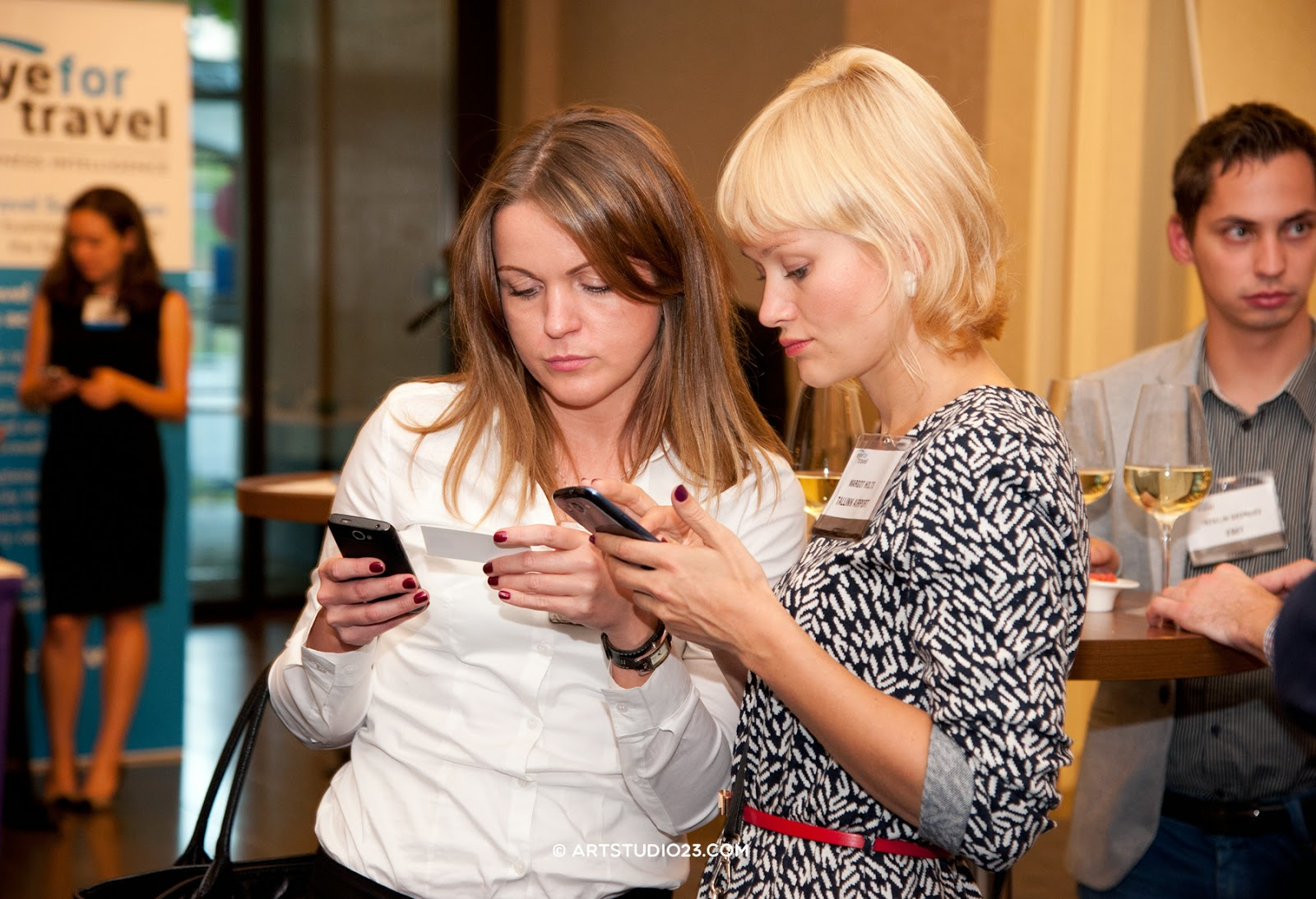 Online Marketing, Mobile & Social Media in Travel Europe 2014