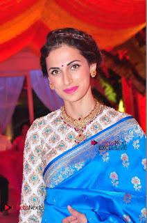 Actress Model Shilpa Reddy Exclusive Stills in Blue Saree at Vijay Karan Aashna Wedding  0022.JPG
