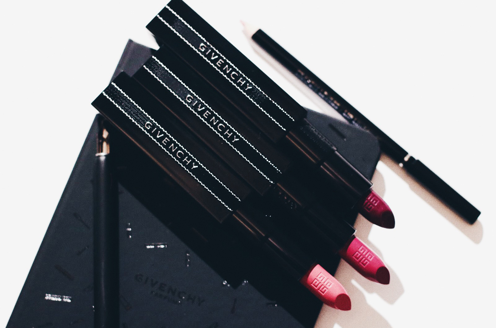 givenchy rouge interdit nouvelle formule test avis swatches