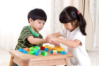 Mainan Edukasi Bagi Perkembangan Anak