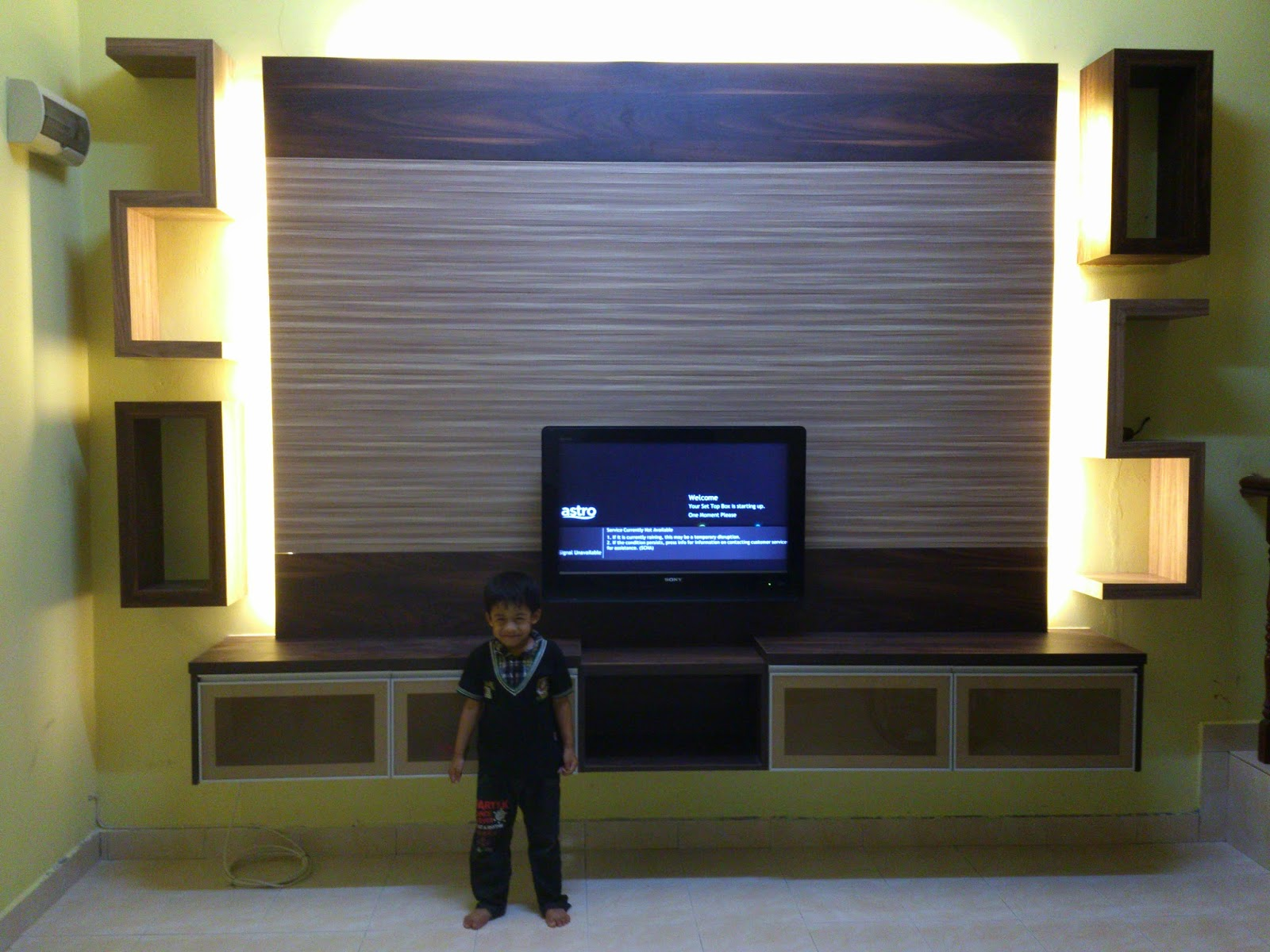 Tv Cabinet Yang Tergantung Mengekalkan Keluasan Rumah