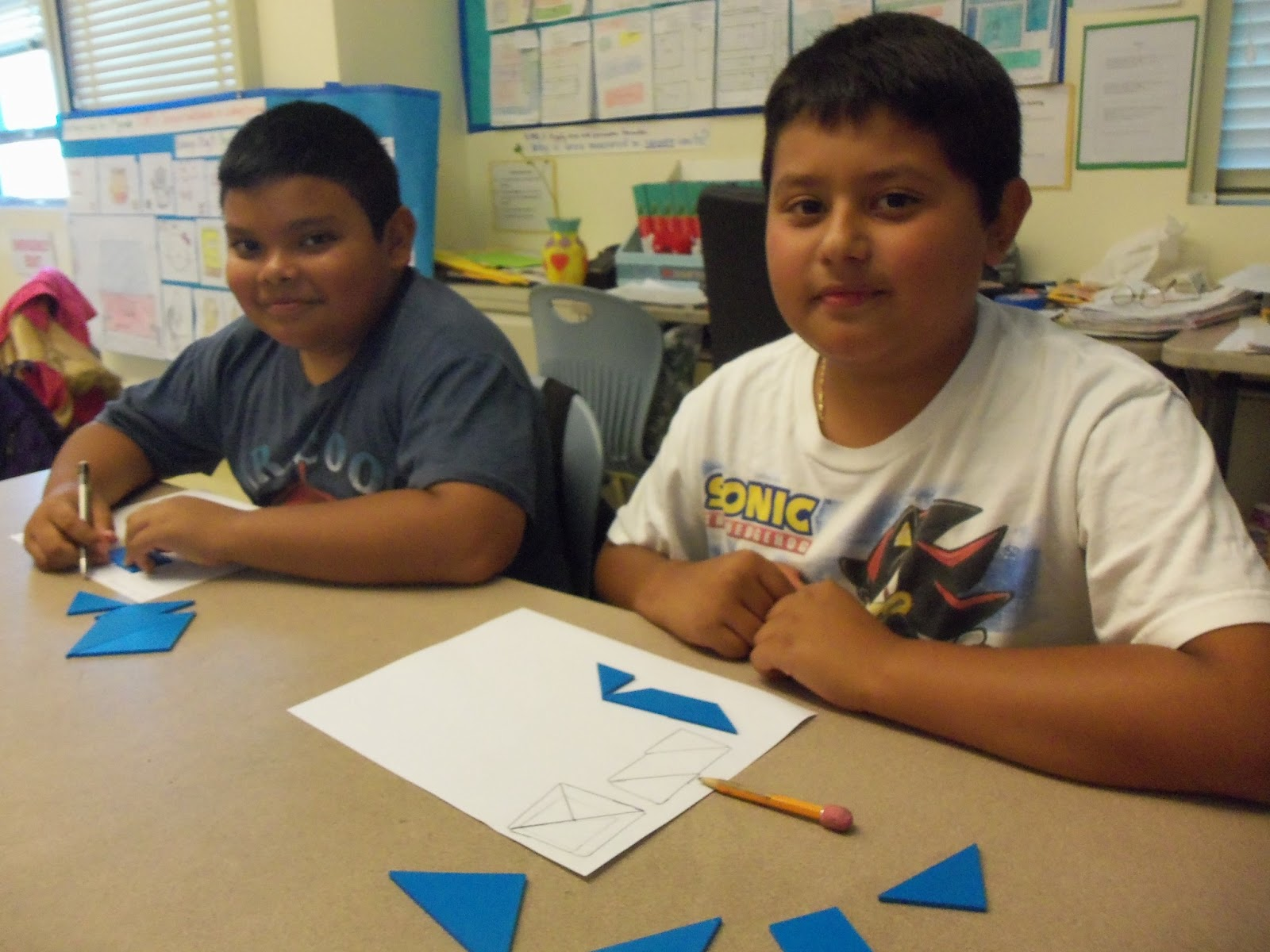 Mom And Me Math Activities 5 G B 4 Classify Shapes With