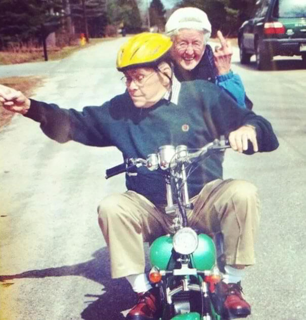 20 Hilarious Photos Of Grandparents Being Awesome - My Friend Posted A Photo Of Her Grandparents On Thanksgiving; It Needed More Exposure. Cheers To Being That Cool When I'm Old