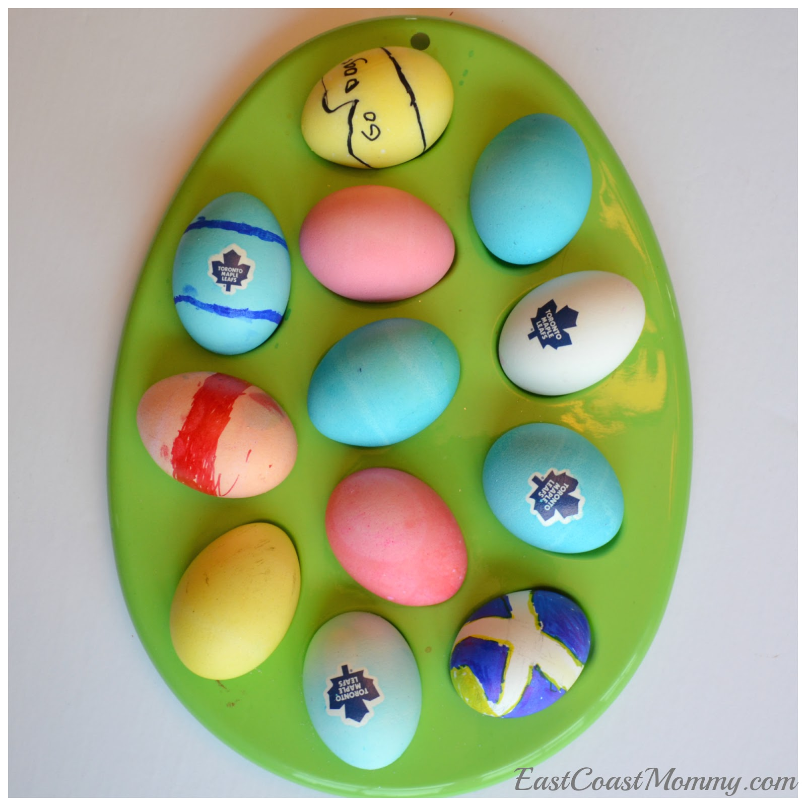 East Coast Mommy Simple Easter Egg Decorating Ideas