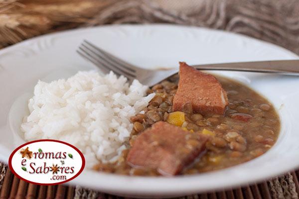 lentilha com carne de porco