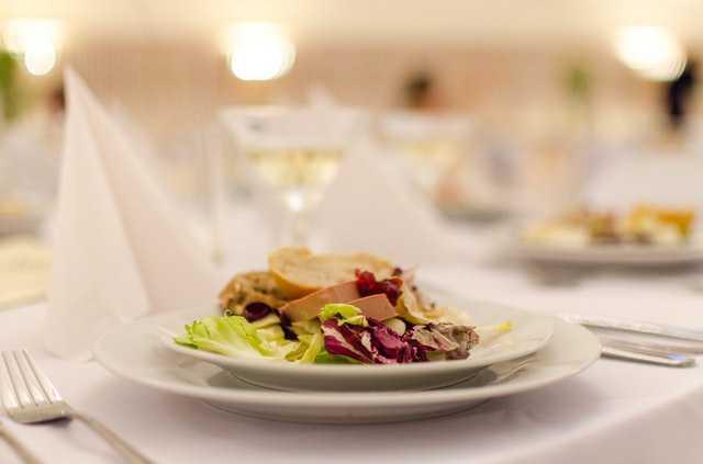Aplikasi Bridestory - Makanan Pernikahan