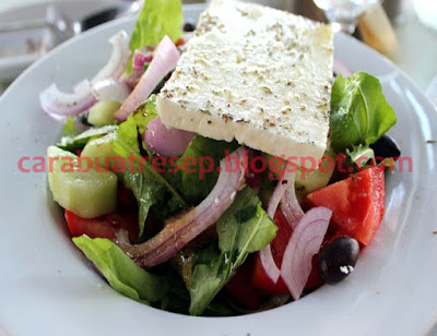 Foto Resep Salad Yunani (Classic Greek Salad (Horiatiki)) Sederhana Spesial Asli Enak