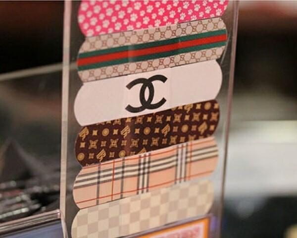 Fashionable Gucci Brandages Bandages