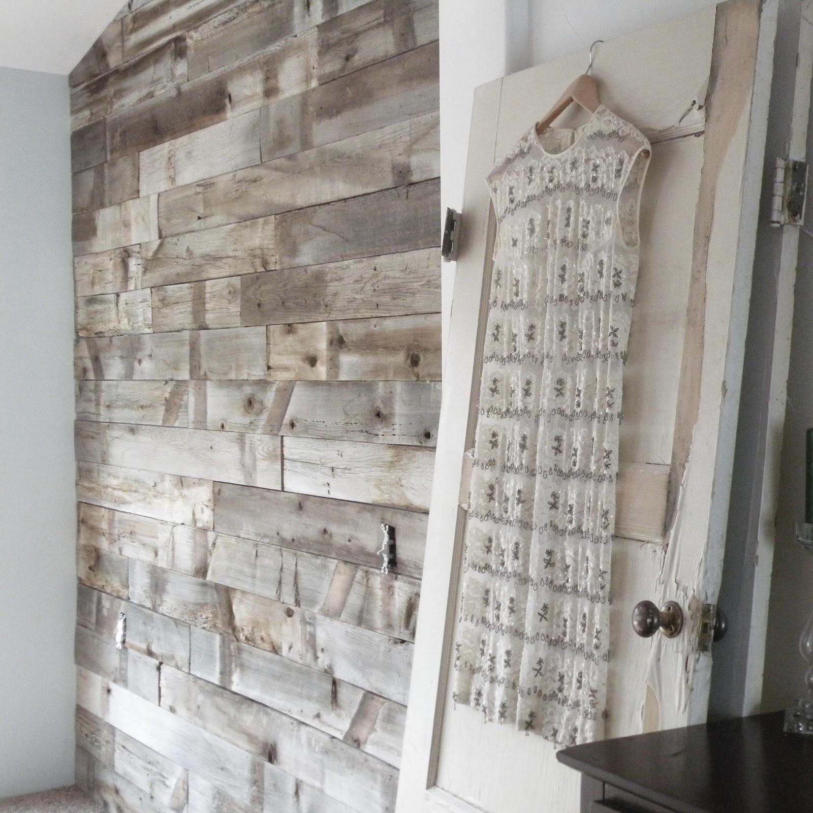 Project 737: Barn Wood Wall