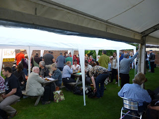 ukulele festival great britain crowds