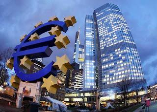 ΕΚΤ: Ένταξη της Ελλάδας στο πρόγραμμα ποσοτικής χαλάρωσης μόνο με νομικά κείμενα