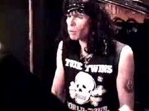 Steven Tyler (Aerosmith) wearing his Toxic Twins World Tour t-shirt. PYGear.com