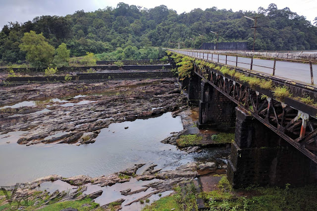 Bridge crossing over the Sharavati river
