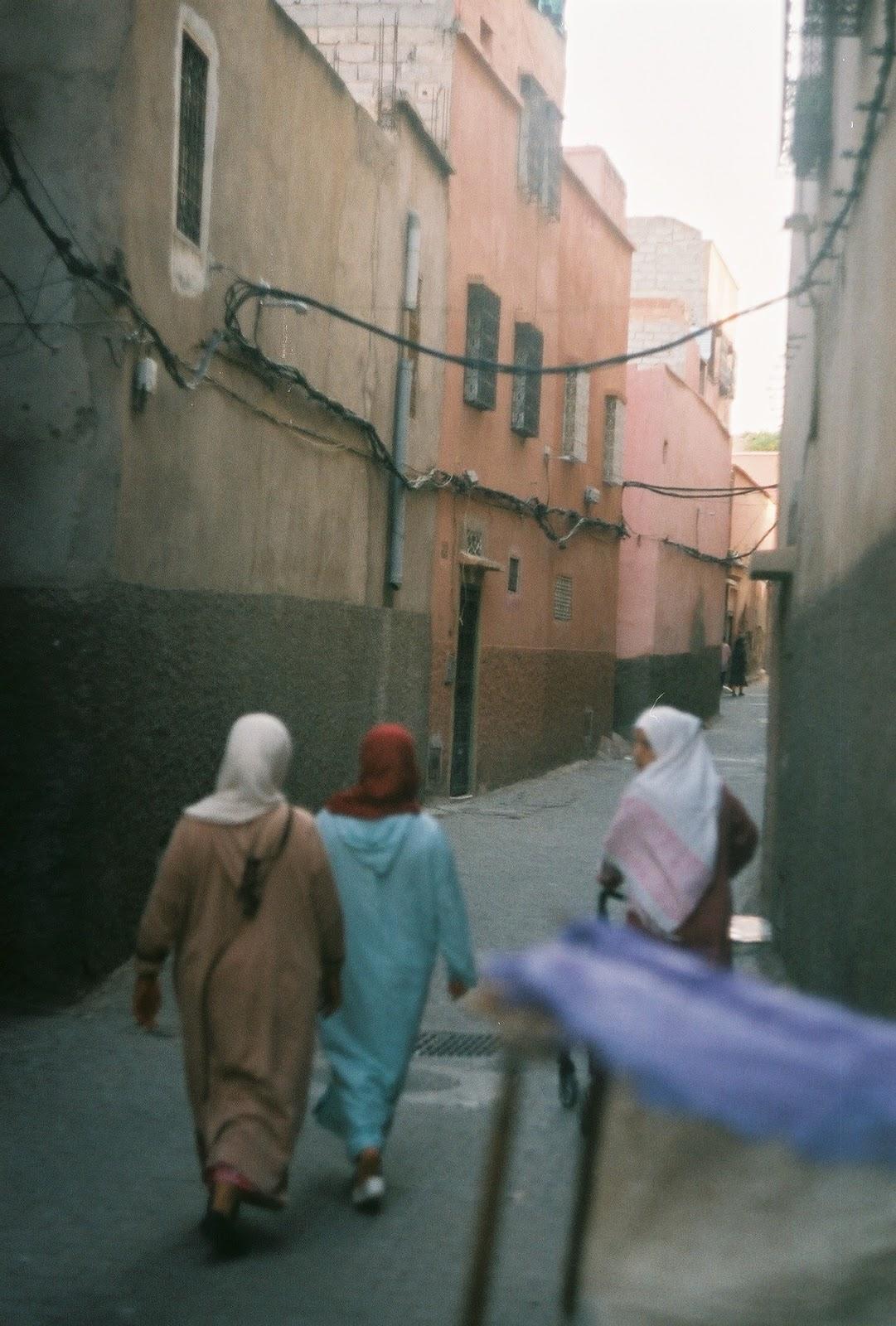 Karina so Marrakech Morocco travel diary vlog blogger session reveries