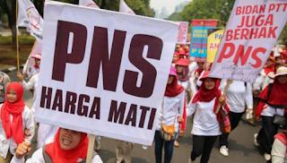 Bidan PTT Diangkat CPNS 2016