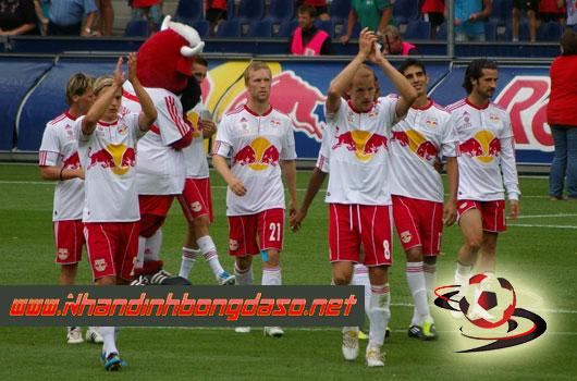Napoli vs Salzburg 3h00 ngày 8/3 www.nhandinhbongdaso.net