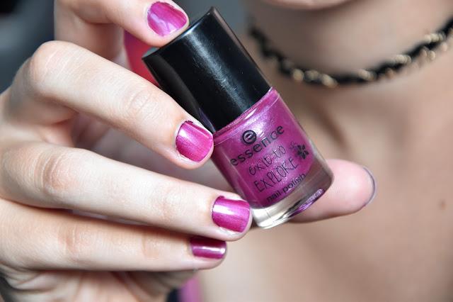Swatch Tragebild Essence Nagellack Pink Parrott