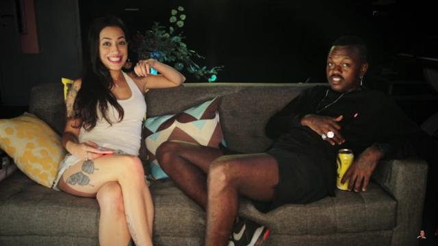 """No quadro """"Teste do Sofá"""", Lívia Cruz entrevista o rapper mineiro Djonga"""