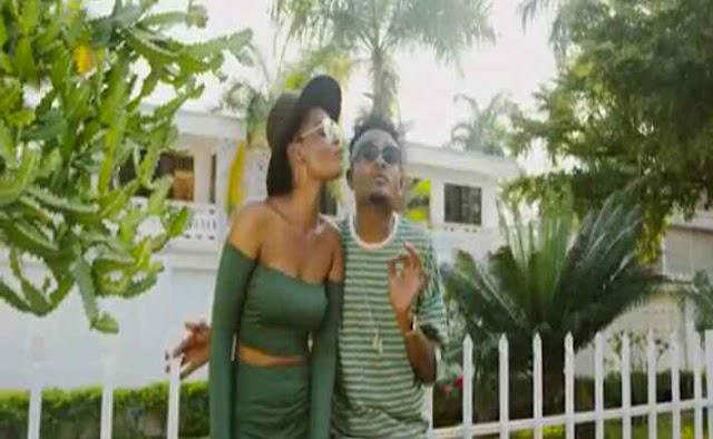 Video | Moni Centrozone ft Country Boy (MoCo) - Mwaah | (Official video Download)