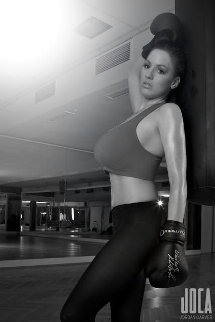 jordan-carver-fight-photo-shoot-image-12