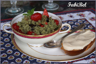 Fraises au pesto de menthe Strawberries with mint pesto