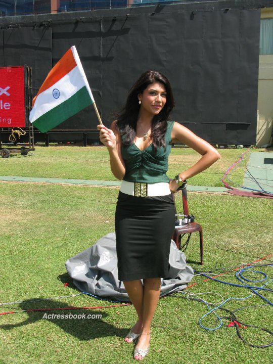 Archana Vijaya Husband Age Wiki Instagram Twitter Hot