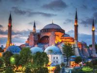 Erdogan Kembalikan Fungsi Hagia Sophia Menjadi Masjid