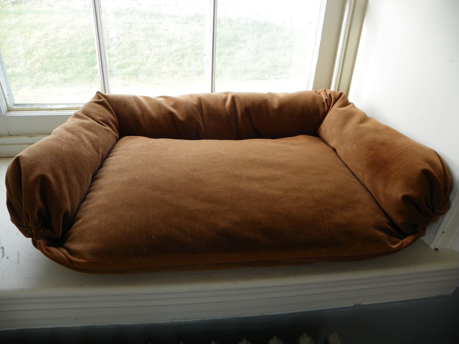 AllyLynn: DIY Dog Bed