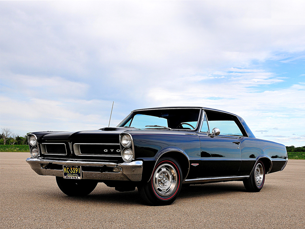 The Cars Blog: Top 5 Vintage Muscle Cars That Are Worth Restoring