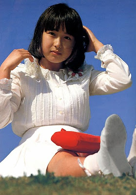 mayu hanasaki cocoon 1983