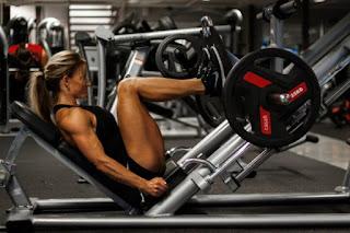 kā trenēt kājas