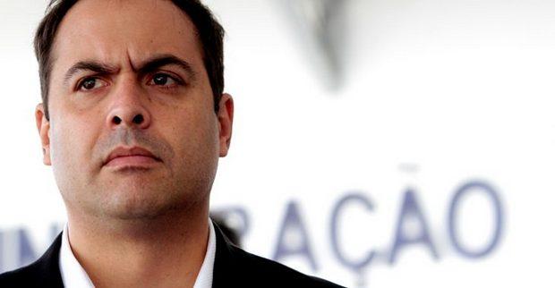 Assembleia aprova aumentos no IPVA e ICMS propostos por Paulo Câmara