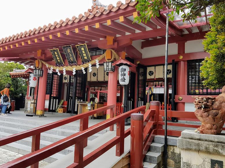 波上宮,幾乎都是台灣人來參拜