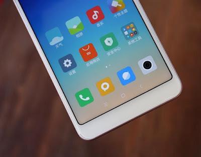 Xiaomi Redmi 5 Unboxing & Photo Gallery
