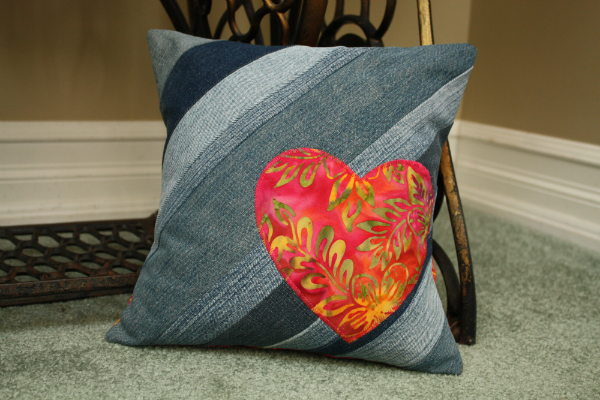 Denim Heart Cushion Cover | DevotedQuilter.blogspot.com