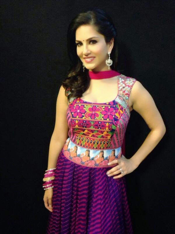 Sunny Leone looking gorgeous in Rohit Verma