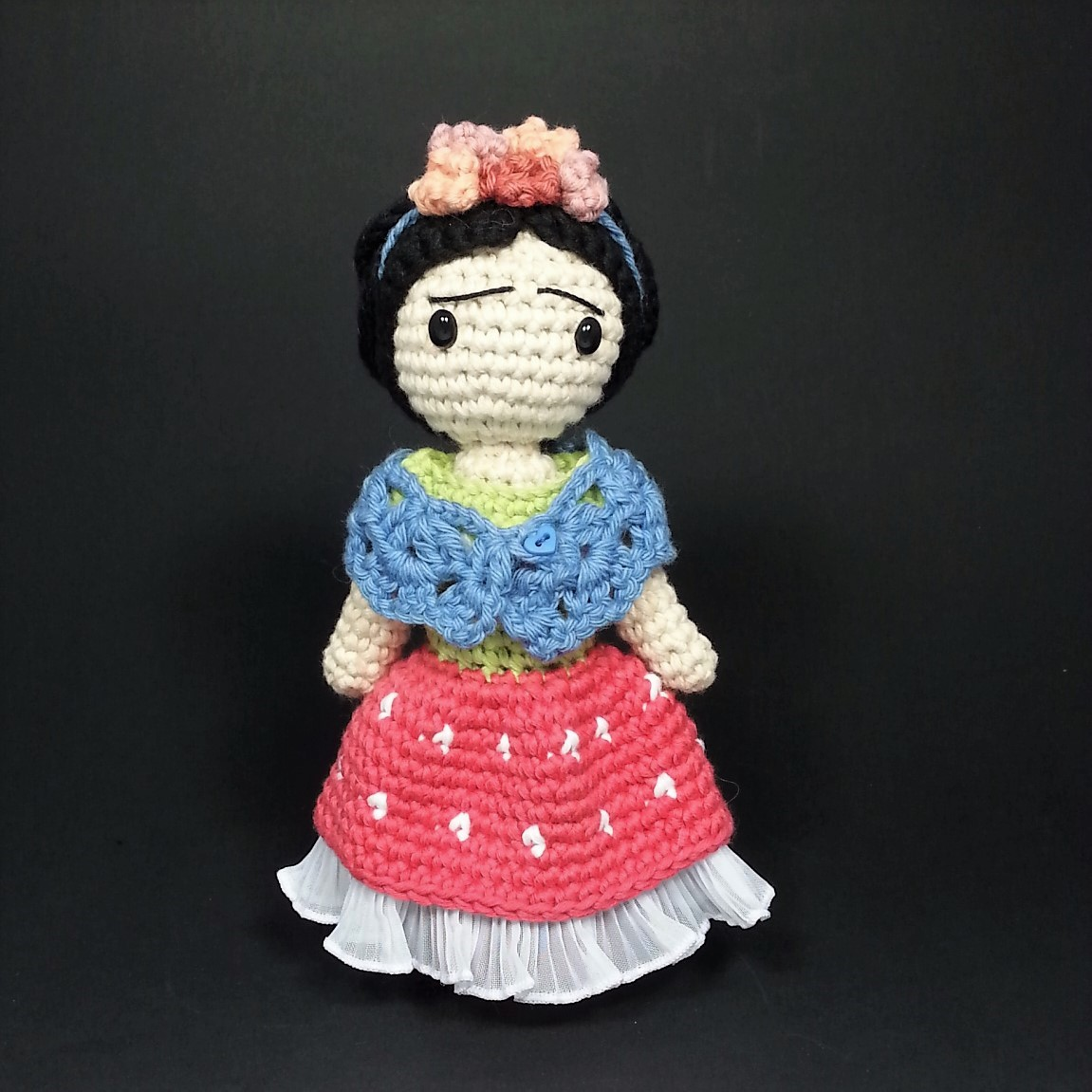 Descabdello: The Frida Kahlo crochet pattern, in english