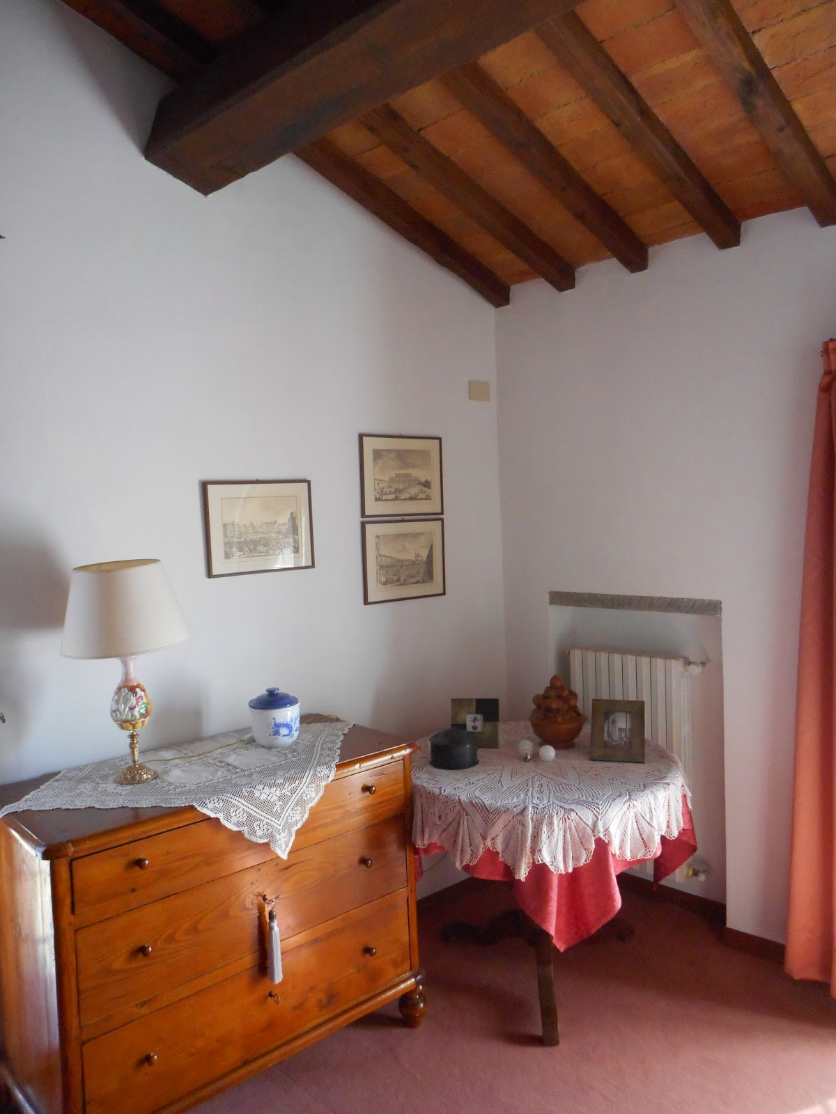 Rooms for rent in a villa in Chianti