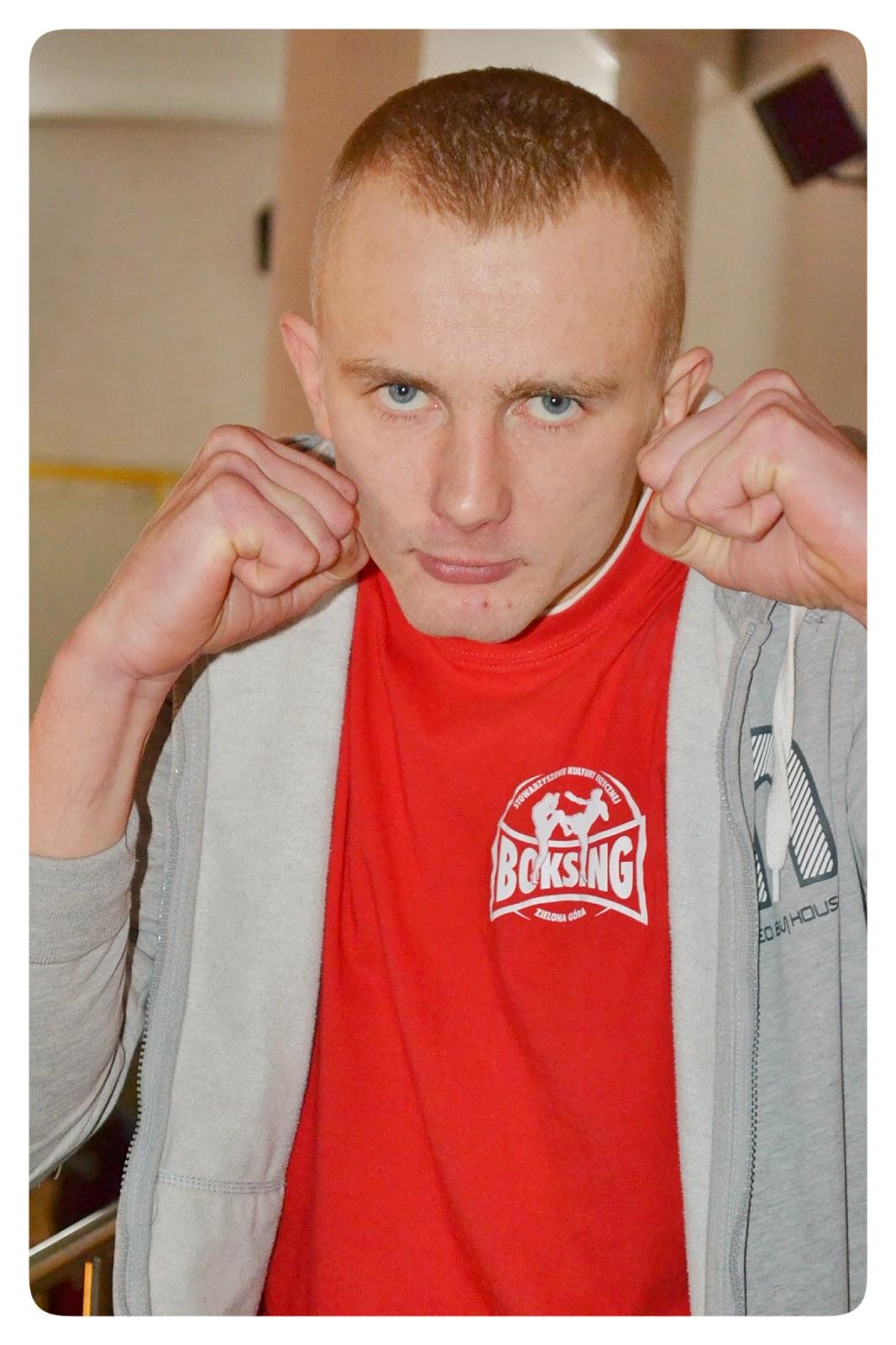 """Damian """"Tyszki"""" Tyszkiewicz,  boks, kickboxing, treningi, Zielona Góra, muay thai, SKF Boksing Zielona Góra, sport"""